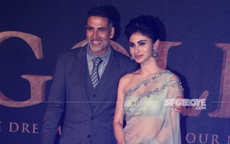 Akshay Kumar & Mouni Roy Looking Smoking Hot As They Launch Gold's First Song