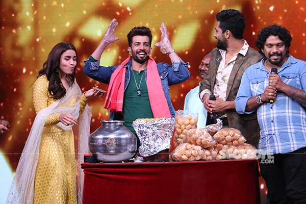 Jay Bhanushali Turns Pani Puri Wallah For Alia Bhatt