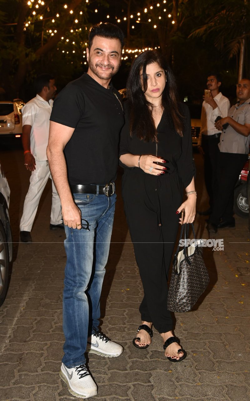 Chachu Sanjay Kapoor Arrived With Wife Maheep