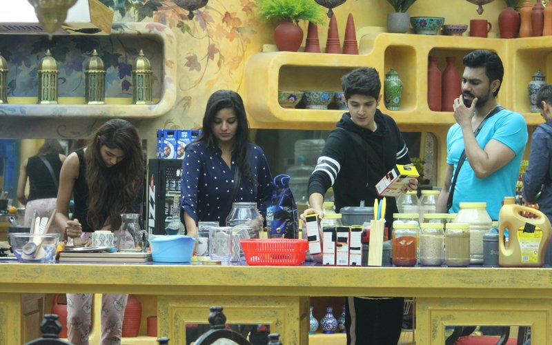 Bigg Boss 10, Day 1: VJ Bani Gets Quizzed About Her Age, Commoners Rule Bigg Boss House