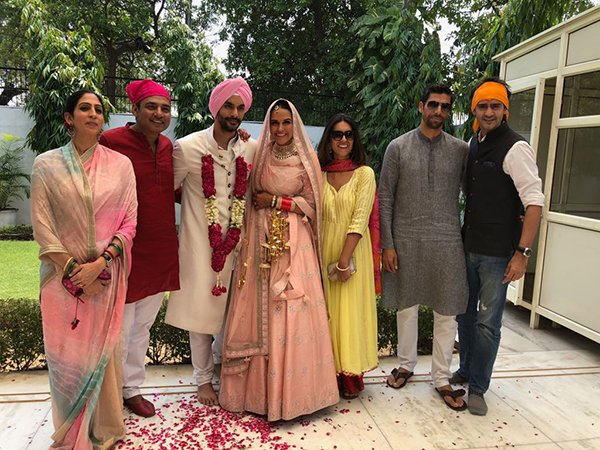 Gaurav Kapoor Ajay Jadeja And Ashish Nehra With The Newly Weds Neha Dhupia And Angad Bedi