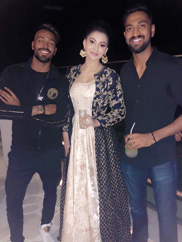 Hardik Pandya And Krunal Pandya With Urvashi Rautela