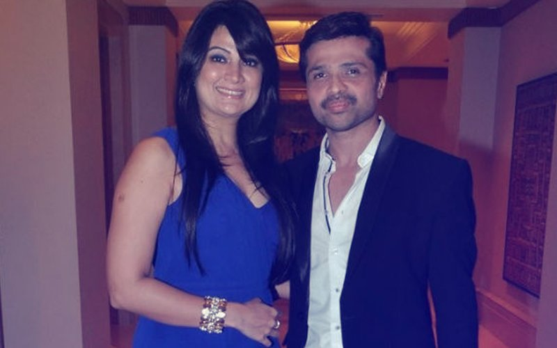 Himesh Reshammiya & Sonia Kapoor To Tie The Knot, Tonight