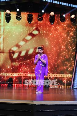 Jay Bhanushali Dressed Up Like Madhuri Dixit