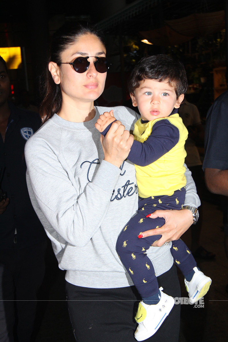 Kareena Gets Taimur To Wave At The Cameras