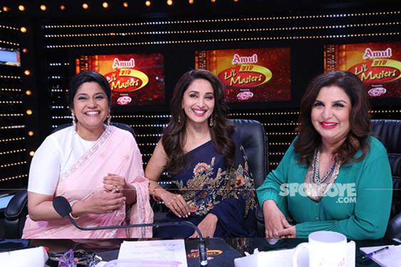 Madhuri Dixit And Renuka Shahane With Farah Khan