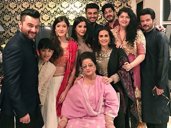 Nirmal S Kapoor With Her Family