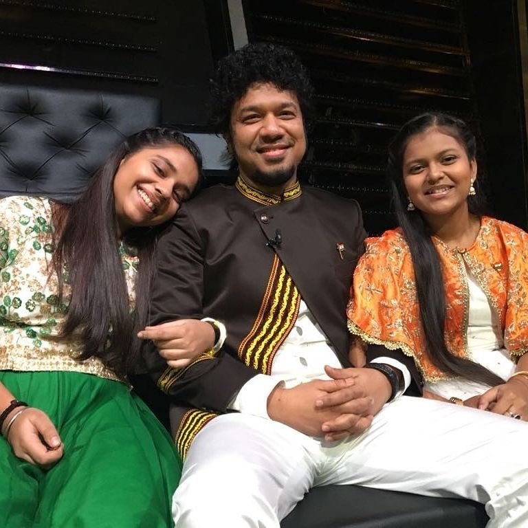 Papon With The Voice Kids 2 Contestants