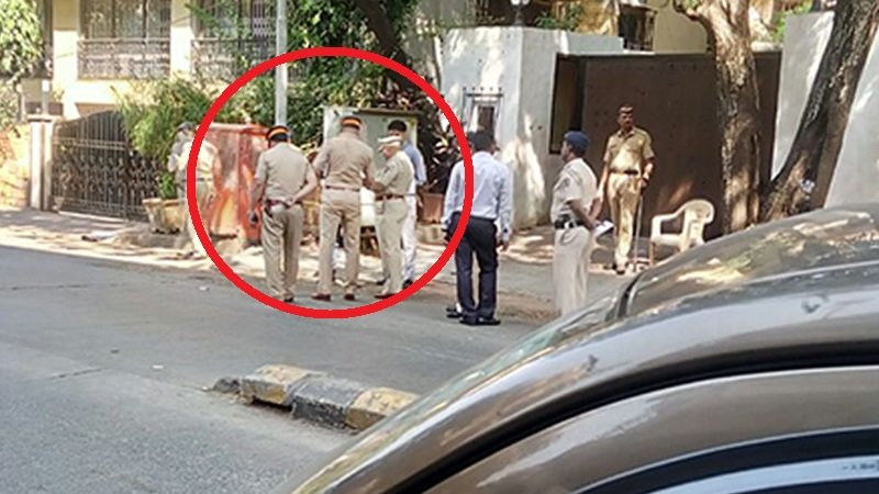 Police Protection Outside Sanjay Leela Bhansalis Office