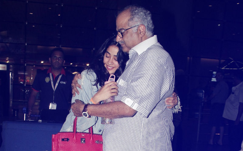 Boney Kapoor Gives Daughter Janhvi A Warm Hug As She Returns From New York