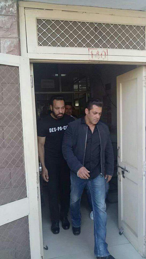 Salman Khan Enters Jail Again
