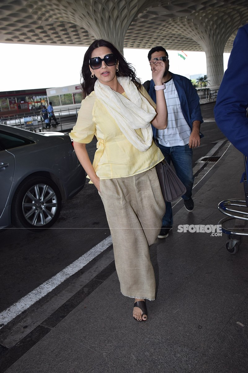 Sonali Bendre And Husband Goldie Behl Spotted Leaving For Jodhpur