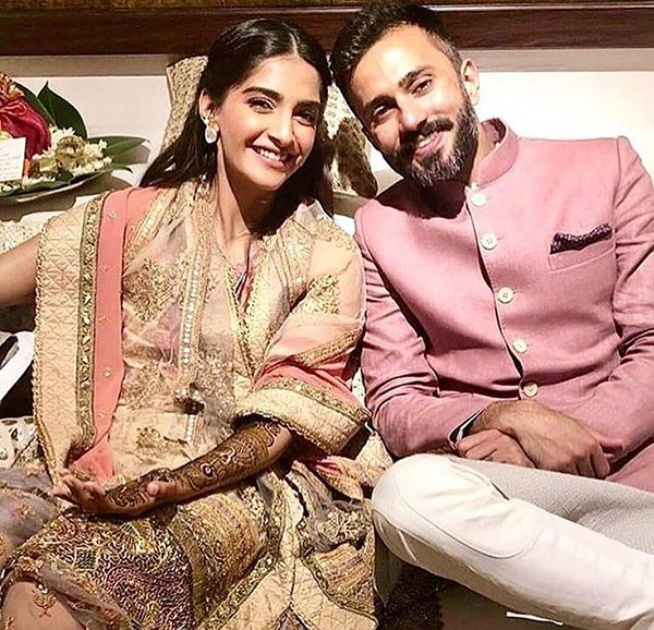 Sonam Kapoor With Anand Ahuja At Their Mehndi