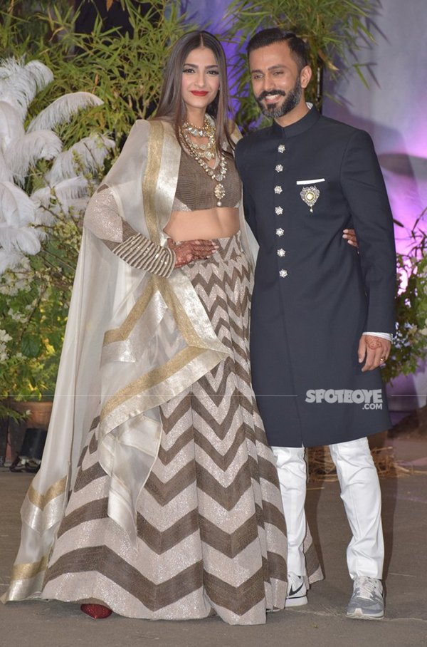 Sonam Kapoor With Anand Ahuja At Their Reception