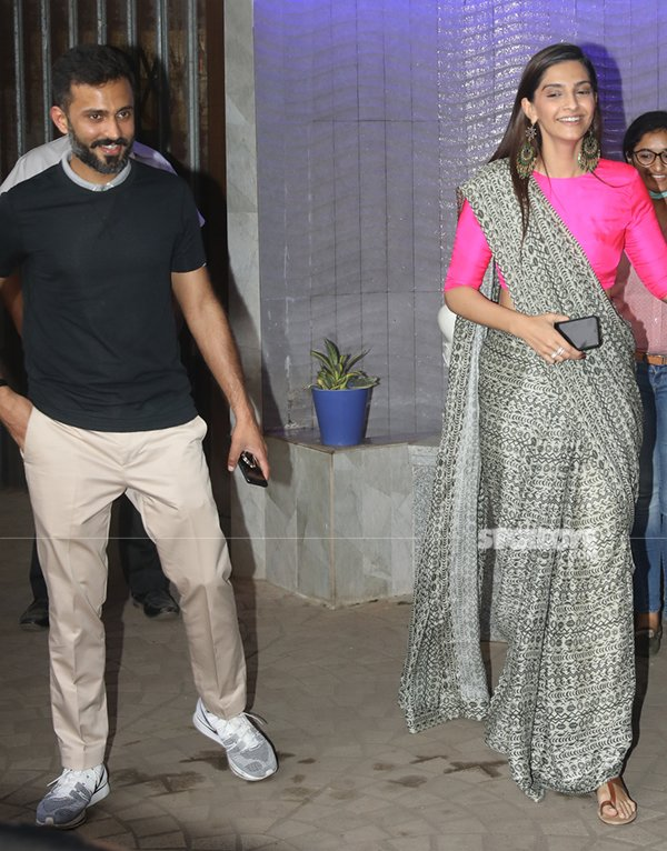 Sonam Kapoor And Anand Ahuja Spotted In Bandra