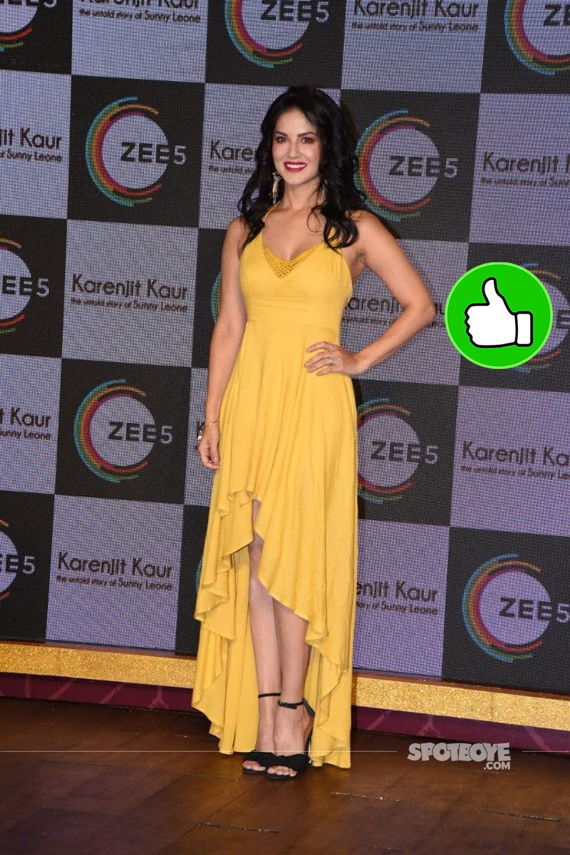 Sunny Leone Snapped At The Promotional Event Of Karenjit Kaur