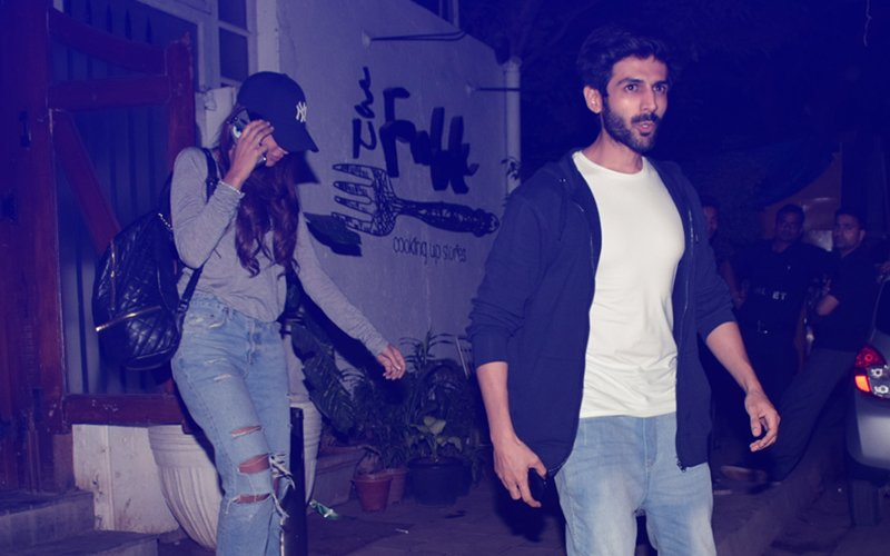 Click Click! Kartik Aaryan Takes Girlfriend Dimple Sharma Out On Dinner Date