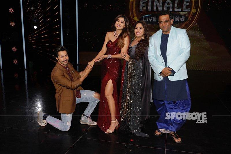 Varun Dhawan Shilpa Shetty Geeta Kapur Anurag Basu