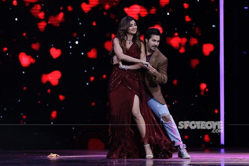 Varun Dhawan Shilpa Shetty Rock The Dance Floor