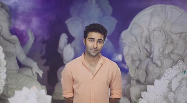 aadar jain with ganesh idols