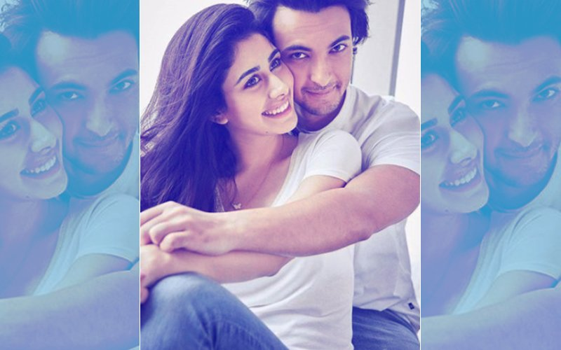 Aayush Sharma Has His Arms Wrapped Around Loveratri Co-Star Warina Hussain – View Pic