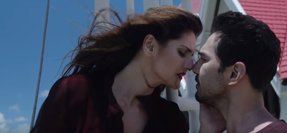 abhinav shukla and zareen khan in aksar 2