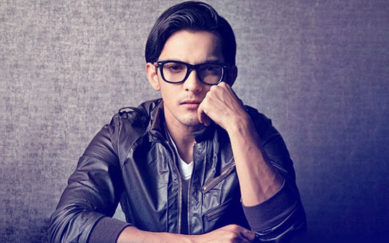 And Finally... Aditya Narayan Apologises For Injuring Two People In Road Accident