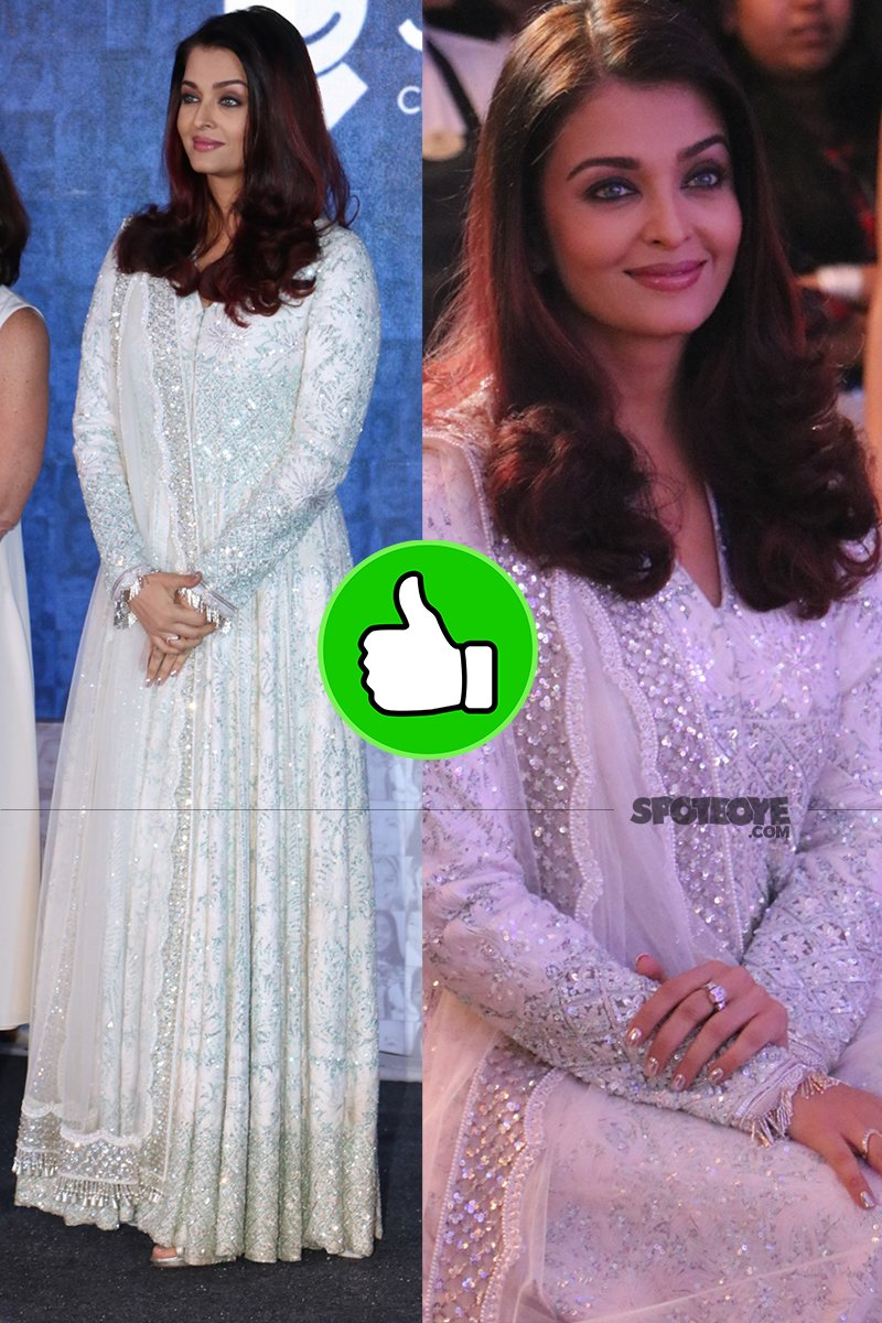 aishwarya rai bachchan poses for the media