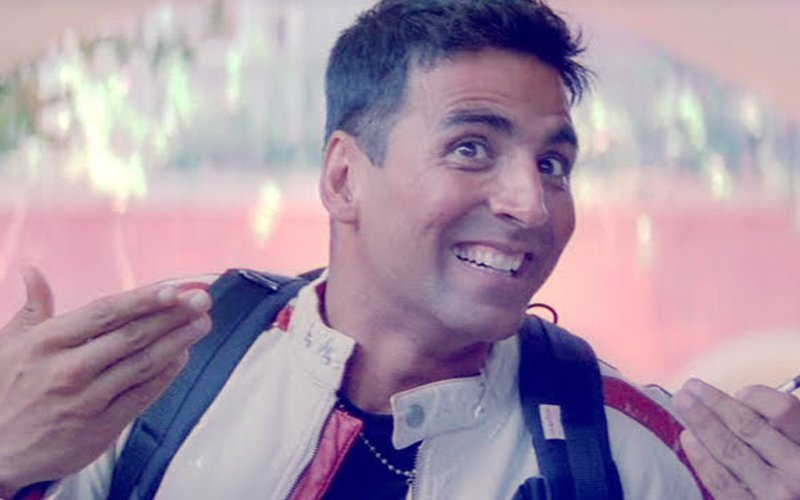 WHAT! Akshay Kumar Calculates How Many Minutes He Has Spent On Earth To Mark 50th Birthday