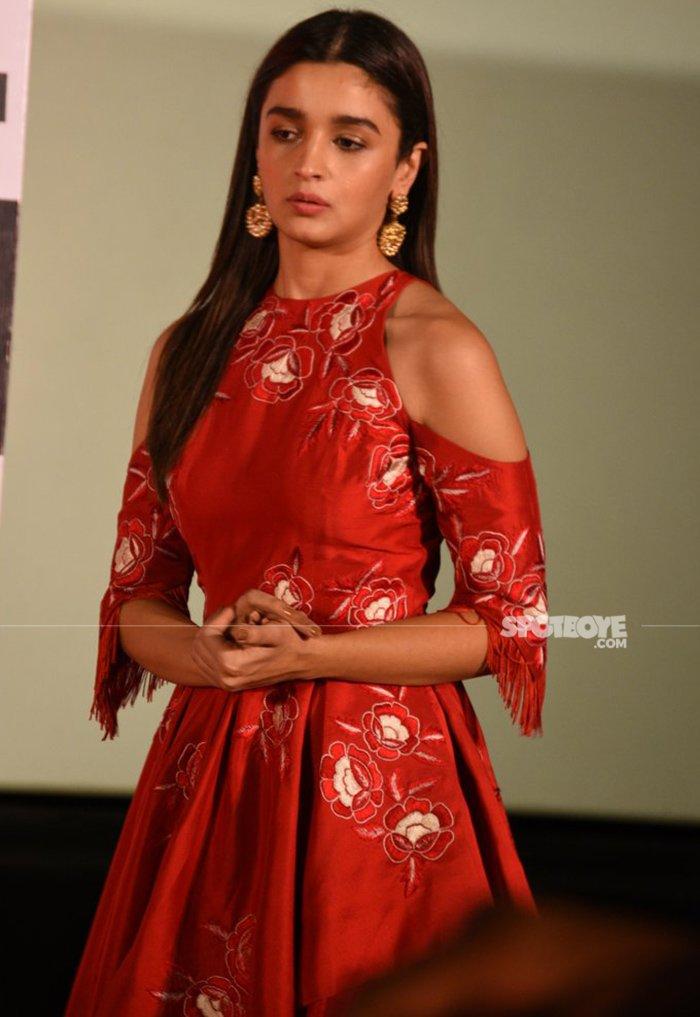 alia bhatt breaks up with sidharth malhotra