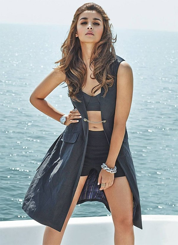 alia bhatt poses for photoshoot