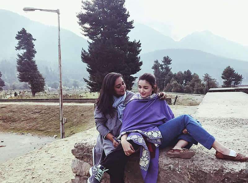 alia bhatt shares a light moment with meghna gulzar on raazi sets