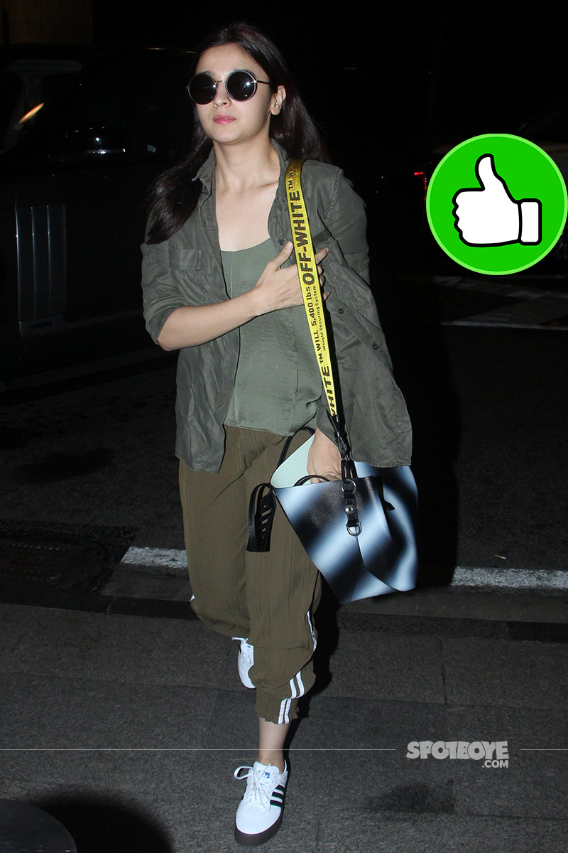 alia bhatt snapped at mumbai airport