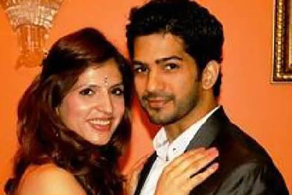 amit tandon is all smiles with wife ruby