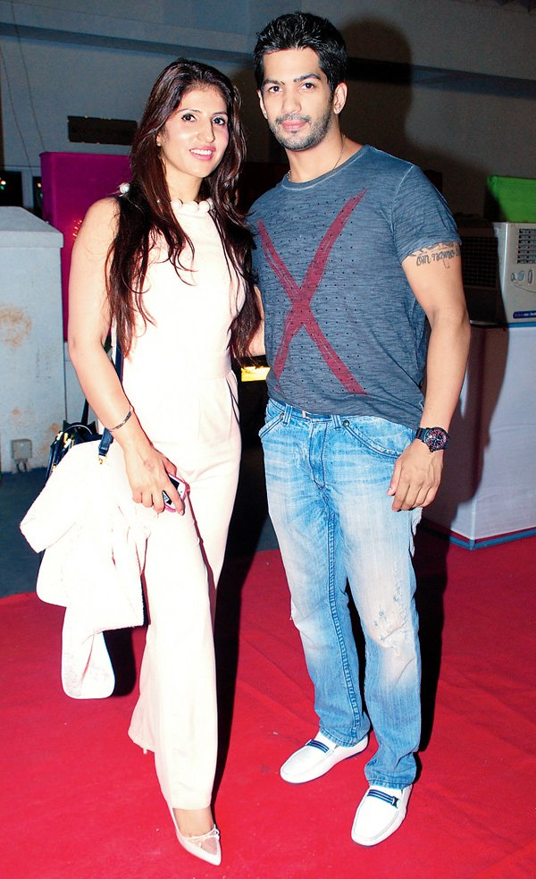 amit tandon with his wife ruby tandon
