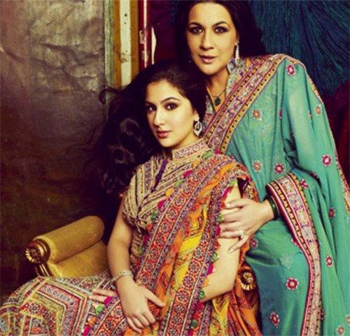 amrita singh and sara ali khan