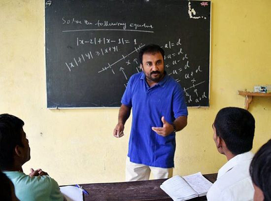 anand kumar with his students