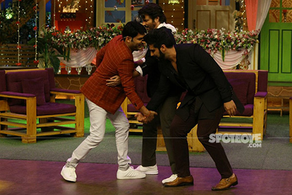 anil kapoor and arjun kapoor meet kapil sharma on the kapil sharma show mubarakan promotions