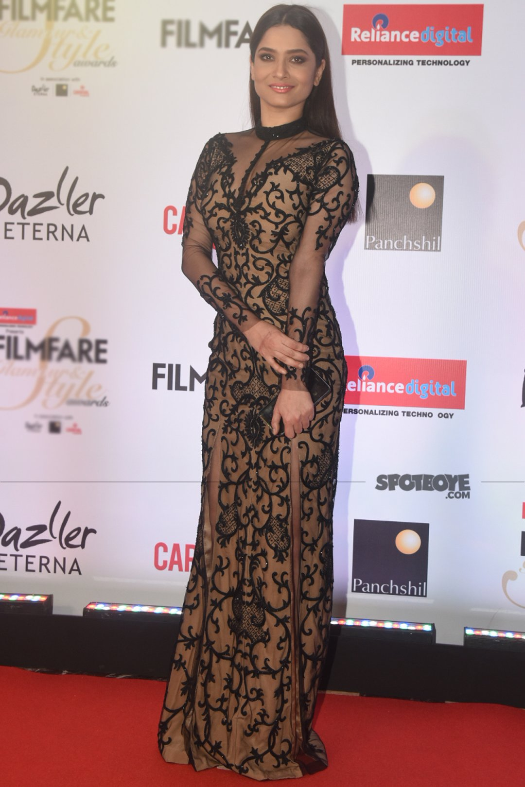 ankita lokhande at filmfare glamour and style awards