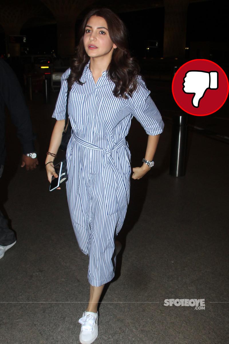 anushka sharma clicked at mumbai airport