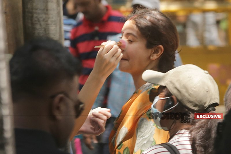 anushka sharma gets ready for sui dhaga