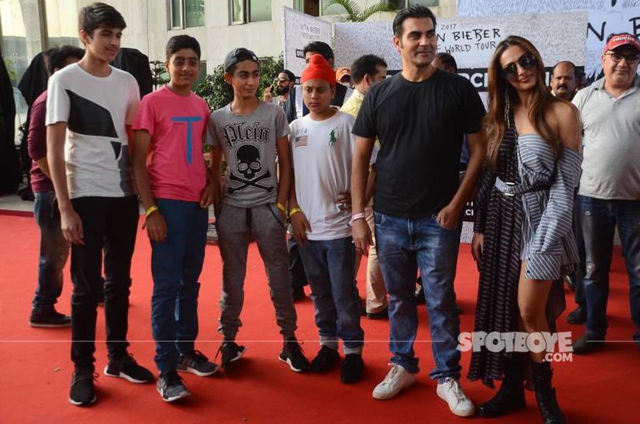 arbaaz khan malaika arora with kids and their friends