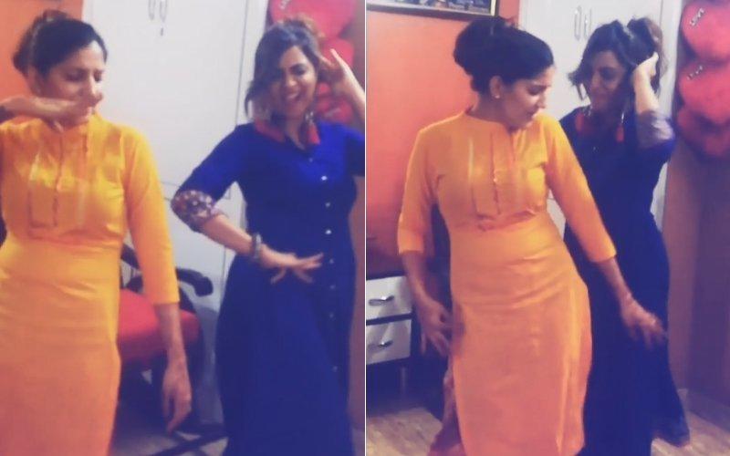 'मेरे रश्के कमर' गाने पर अर्शी खान और सपना चौधरी का ठुमका आप मिस नहीं कर सकते