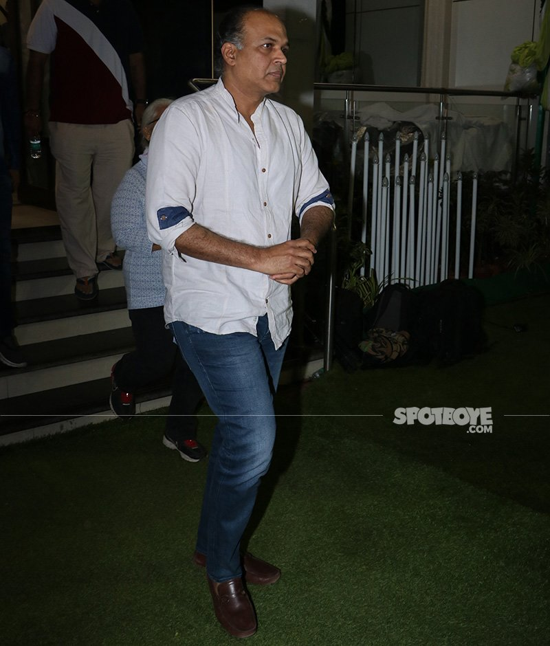 ashutosh gowariker at neeraj vora s prayer meet