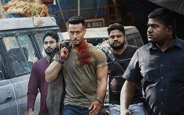 a still from baaghi 2