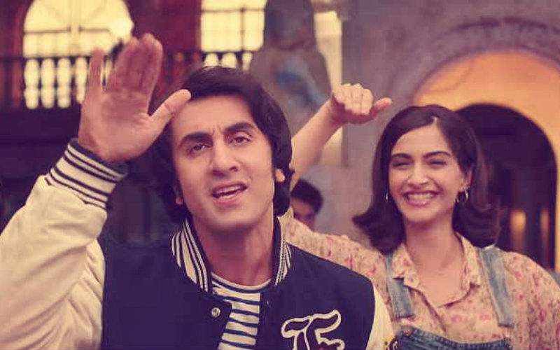 रणबीर कपूर और सोनम कपूर ने 'संजू' के पहले गीत 'बढ़िया' में दिखाया 80 के दशक का रोमांस