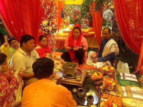 bharti singh performs puja