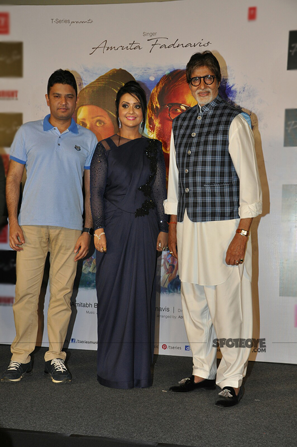 bhushan kumar amruta fadnavis & amitabh bachchan at the launch of phir se