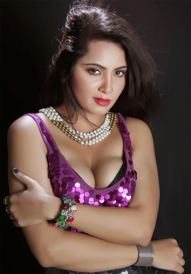 bigg boss 11 contestant arshi khan
