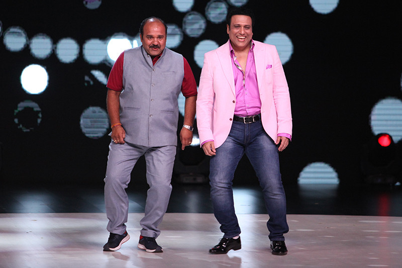 dancing uncle with govinda on dance deewane